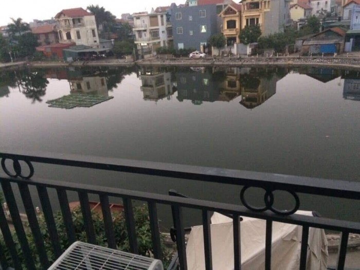Nhà Long Biên, 60m, view hồ, full nội thất, oto đỗ cửa.