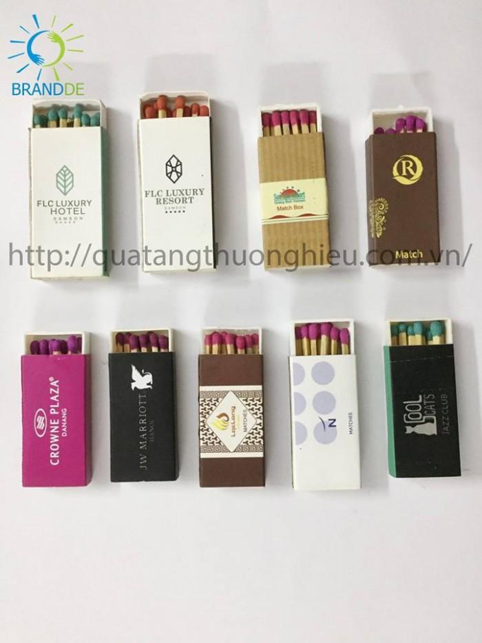 Brandde chuyên cung cấp sản phẩm bật lửa, hộp quẹt, diêm cho nhà hàng, khách sạn, CLUB3