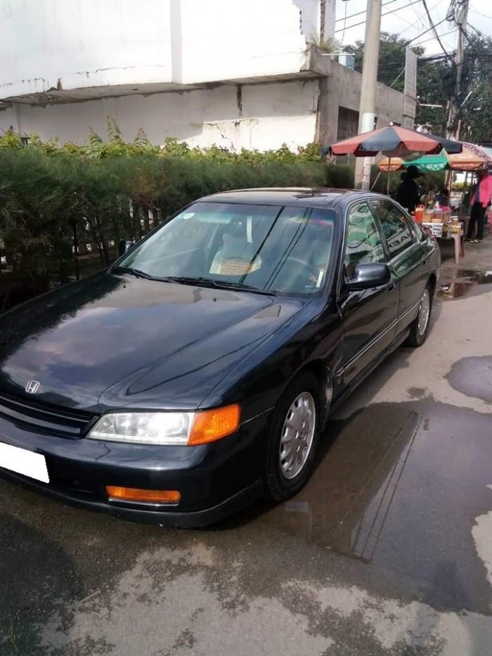 Bán Honda Accord, màu đen, số sàn, sản xuất 1991