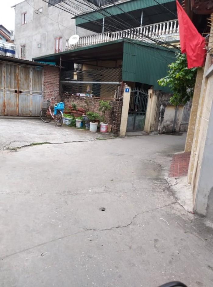 Sốt đất Thạch Bàn, Long Biên ngõ 3m DT 70m2
