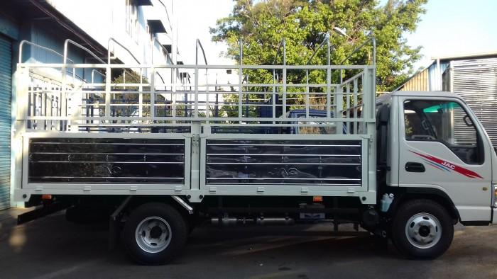 Xe tải 2t4 ISUZU thùng bạt 4.4m turbo, trợ lực, phun dầu điện tử