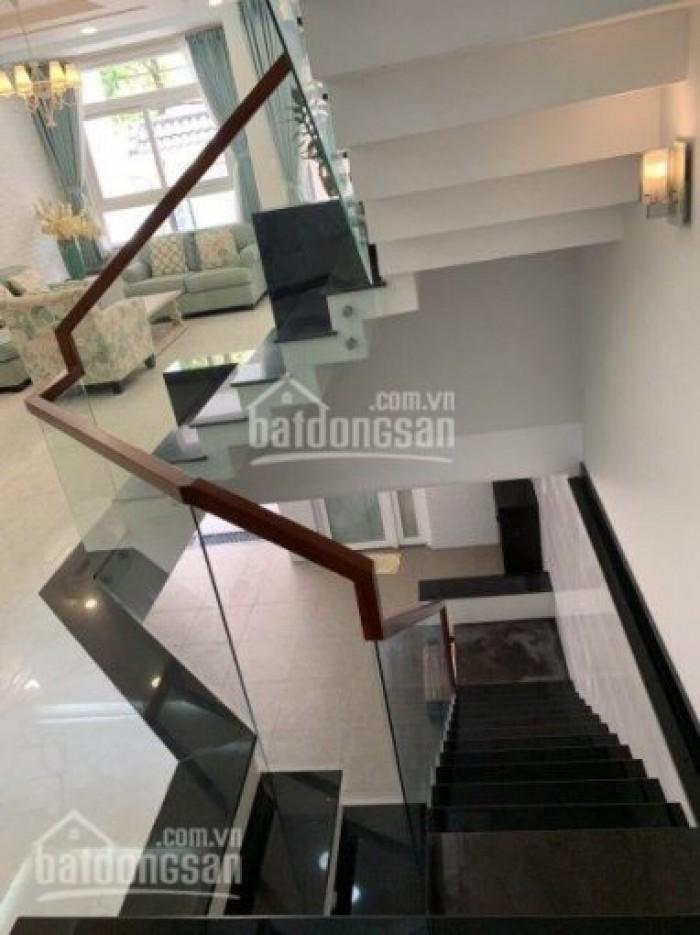 Bán nhà mới dt 6x20m, trệt, lững, 3 lầu, có 5 phòng ngủ giá thương lượng