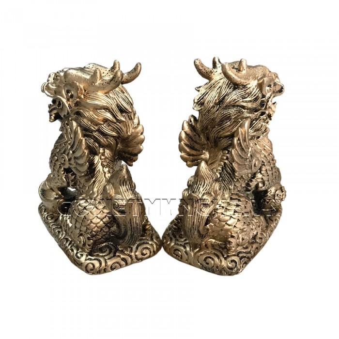 Cặp Tượng Đá Tỳ Hưu Phong Thủy 2 Sừng - Màu Nhũ Vàng - Kích thước: Dài 11cm x Rộng 7cm x Cao 12cm (kích thước 1 tượng). Giá : 350.000₫3