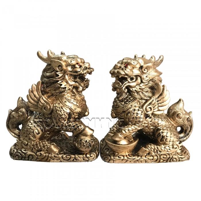 Cặp Tượng Đá Tỳ Hưu Phong Thủy 2 Sừng - Màu Nhũ Vàng - Kích thước: Dài 11cm x Rộng 7cm x Cao 12cm (kích thước 1 tượng). Giá : 350.000₫0