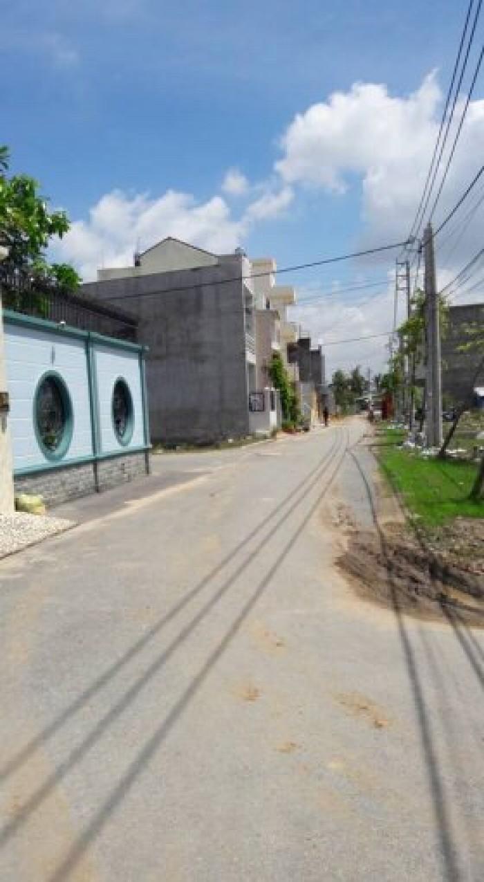 Cần Bán Gấp Lô Góc 2MT Đường D1 Gò Cát Phú Hữu Quận 9