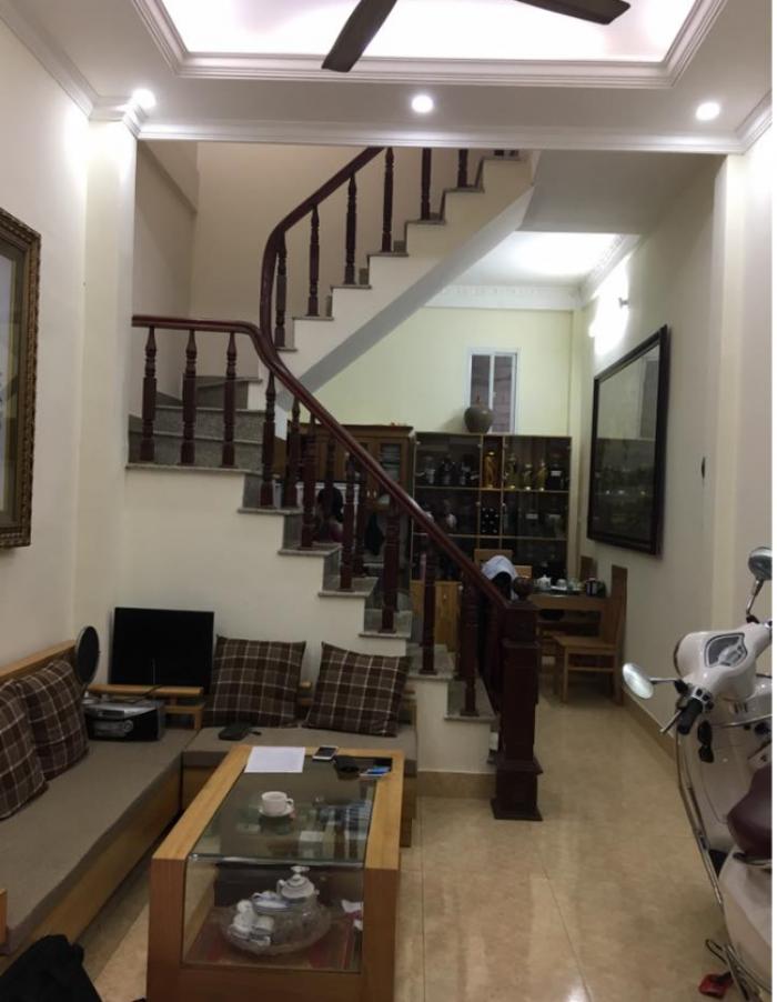 Bán nhà riêng phố Phạm Ngọc Thạch - DT 30m