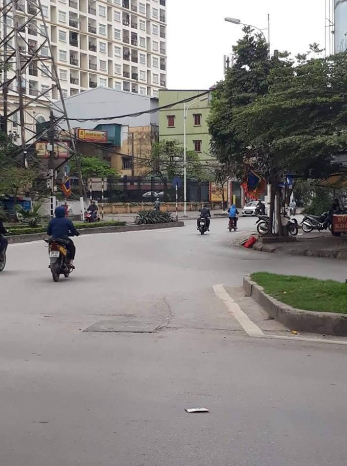 Nhà 2 mặt phố Minh Khai, cực hiếm, 112m2, MT 8m