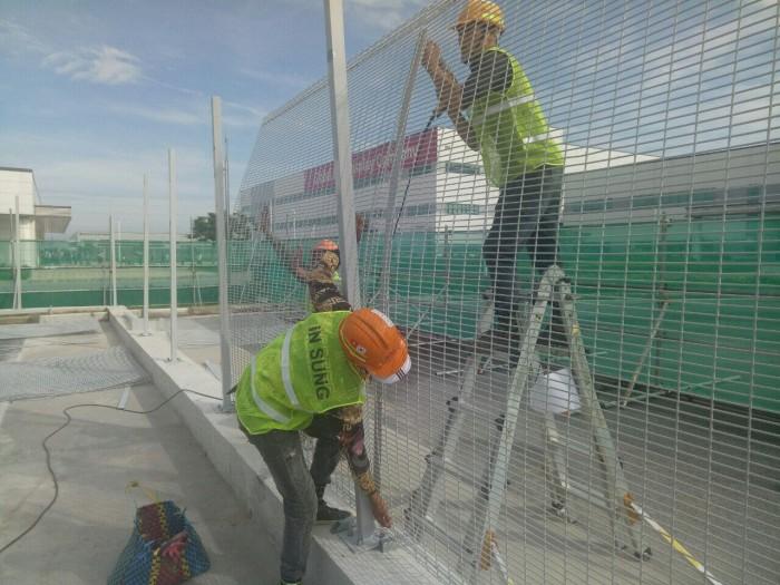 Hàng rào lưới thép phi 5 50x150, 50x200, hàng rào bảo vệ kho, hàng rào nhà xe1
