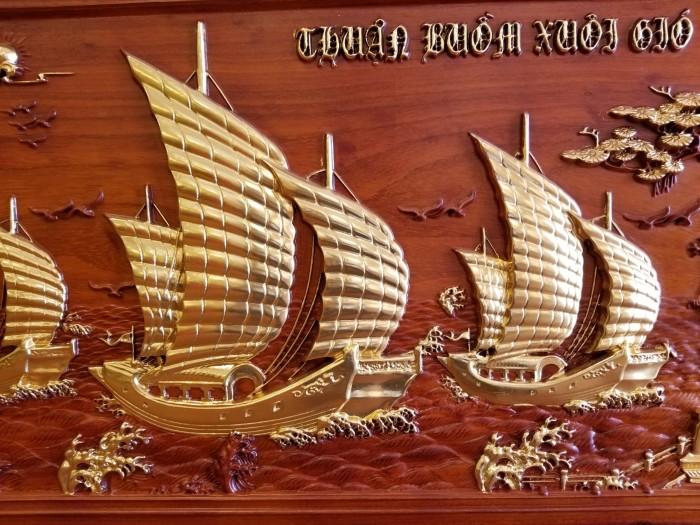 Tranh thuận buồm xuôi gió dát vàng giá tốt1