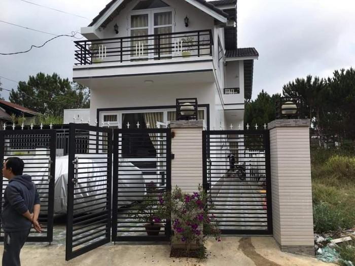 Cần bán nhà tại Đà Lạt view đồi núi - không gian yên tĩnh