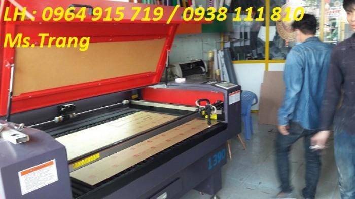 Máy laser 1390 cắt quảng cáo, máy laser 1390 cắt vải giá rẻ1