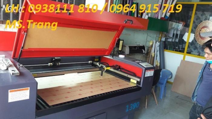 Máy laser 1390 cắt quảng cáo, máy laser 1390 cắt vải giá rẻ0