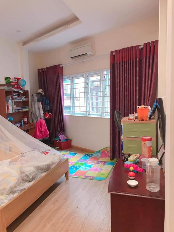 Phân lô VIP Trần Quang Diệu 38m2 x 5 tầng, MT 4,5m. Ô tô vào nhà.