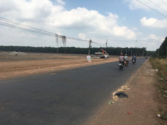Định cư nước ngoài bán gấp lô đất mặt tiền đường, gần KCN, thổ sổ riêng thổ cư