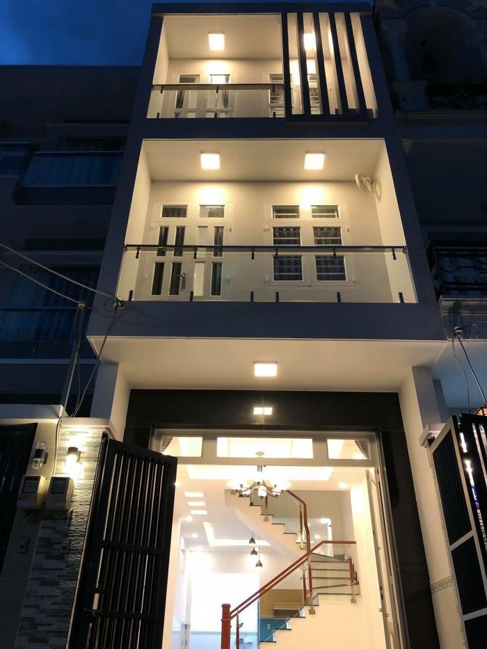 Tôi chính chủ cần bán nhà 1 trệt 2 lầu Huỳnh Tấn Phát, Q7