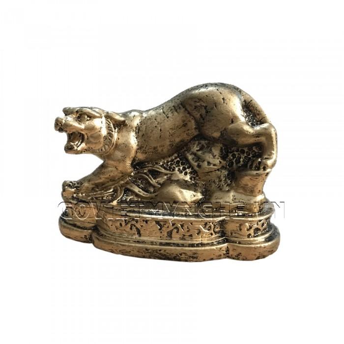 Tượng Đá Trang Trí Hổ Phong Thủy - Màu Nhũ Vàng - Kích thước: Dài 11 cm x Rộng 6cm x Cao 7.5cm . Giá : 150.000₫