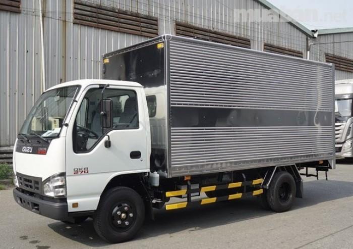 Xe tải isuzu 1.99 tấn thùng bạt dài 4m3 xe có sẵn giao ngay 9
