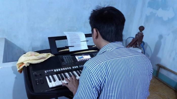 Nơi học ORGAN - GUITAR uy tín chất lượng đệm hát cấp tốc đi show nhanh! Đức Hoà Long An8
