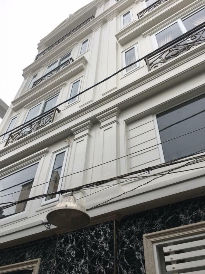 Nhà Phố Phân Lô liền kề Nguyễn Văn Đậu, xe hơi vào nhà, 1 trệt 3 lầu st, 56m2.