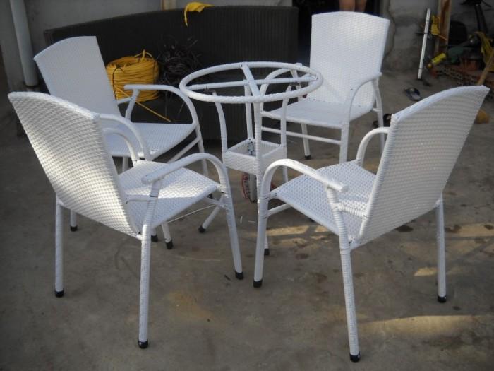 Bàn ghế cafe mây nhựa giá rẻ tại xưởng sản xuất HGH 9730