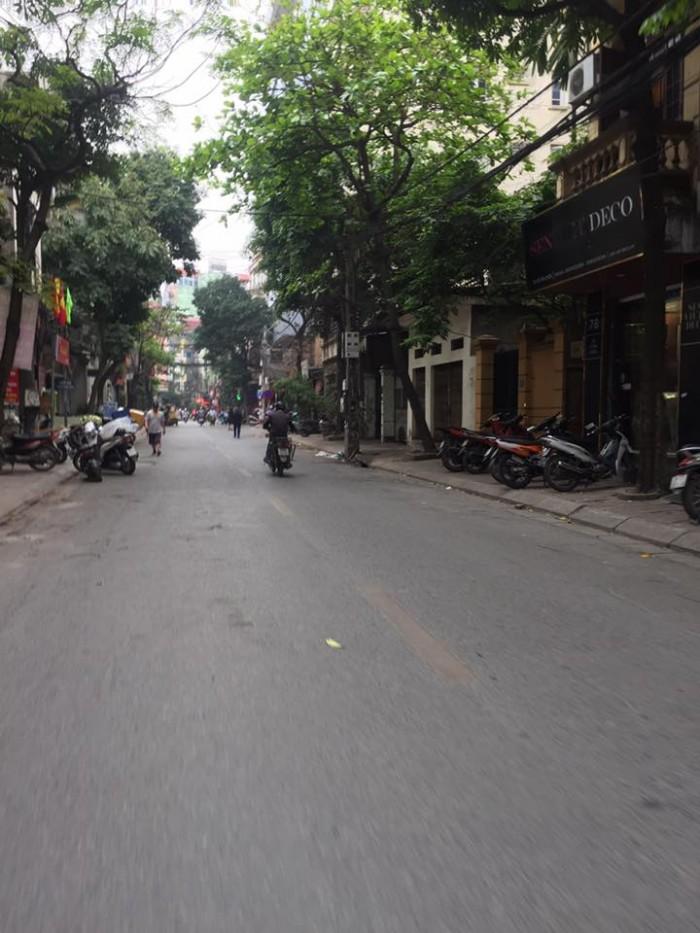 Bán nhà Khương Trung – Thanh Xuân, nhà nở hậu, kinh doanh tốt, ô tô đỗ cửa
