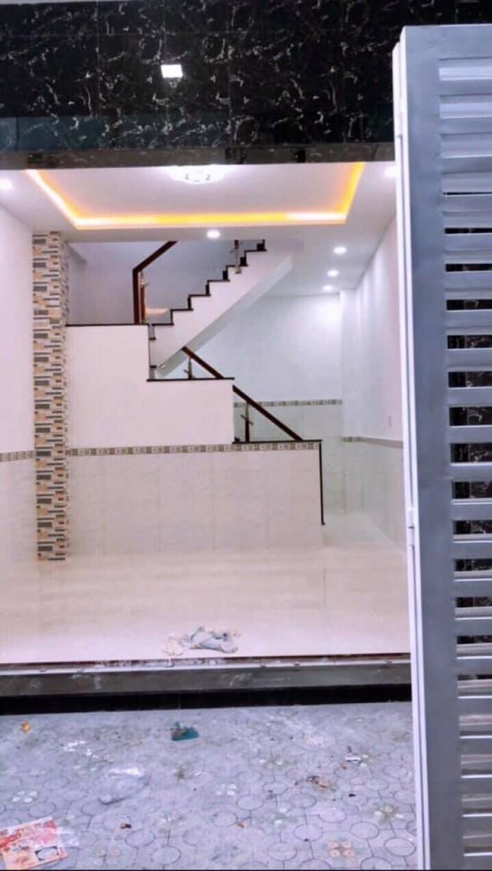 Bán nhà ngay trung tâm thành phố đường Cô Bắc Nha Trang, nhà còn mới nguyên