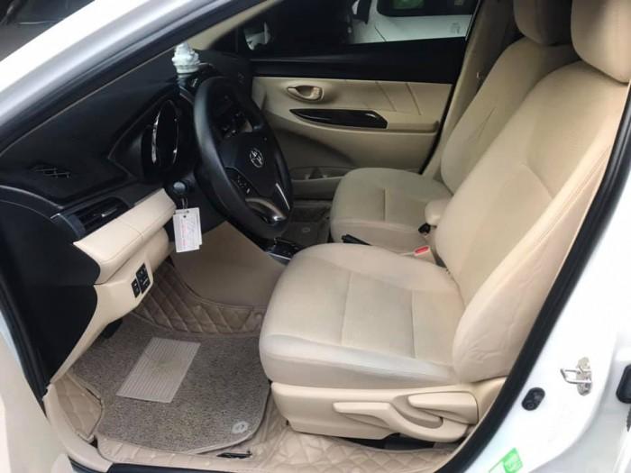 Cần bán xe Vios 2017 đăng ký 2018 bản E, số tự động, màu trắng 7