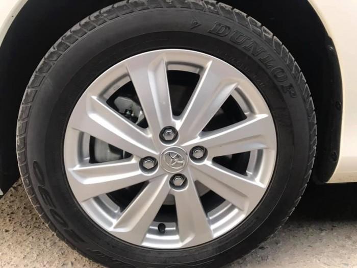 Cần bán xe Vios 2017 đăng ký 2018 bản E, số tự động, màu trắng 0