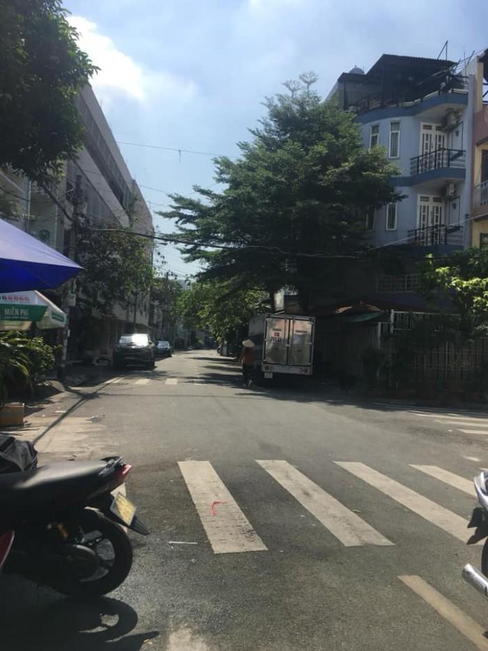 Mặt tiền Phan Văn Năm 4x14m, 2 lầu ( thông  Nguyễn Sơn)