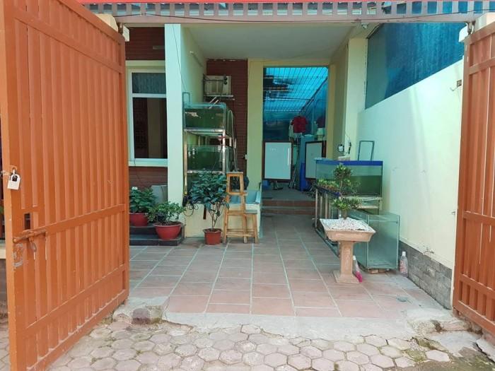 Nhà Làng Việt Kiều Châu Âu 150m2, MT9m