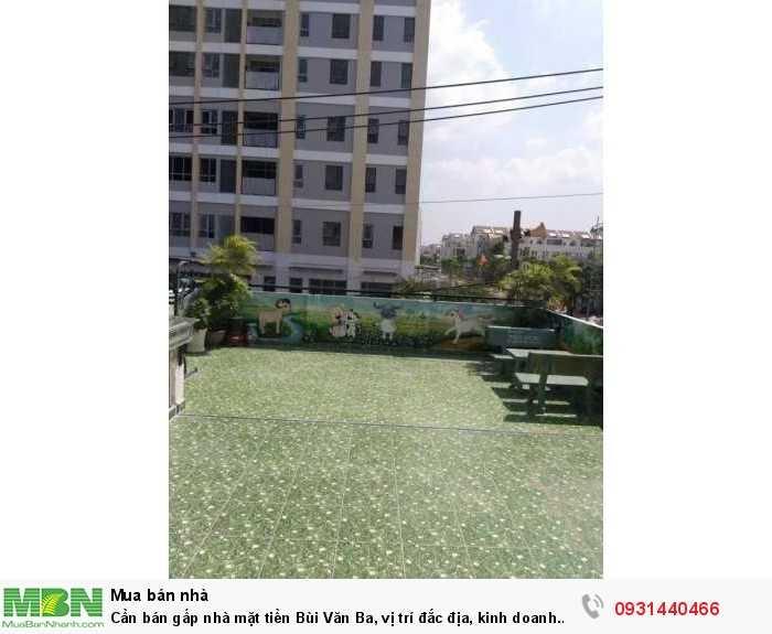 Cần bán gấp nhà mặt tiền Bùi Văn Ba, vị trí đắc địa, kinh doanh buôn bán nhộn nhịp nhất con đường