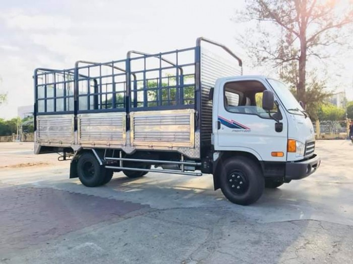 Hyundai Mighty 2017 8 T thùng dài 5m