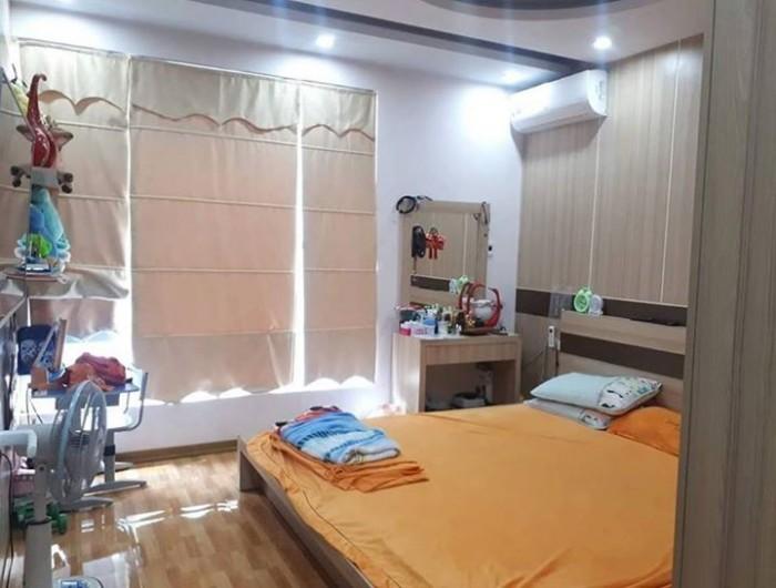 Nhà đẹp phố Nguyễn Công Hoan 5 tầng 35m2, Mt 3,5m