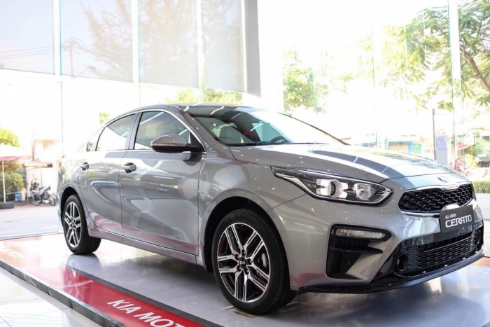 Bảng Giá Xe Kia Cerato Deluxe 1.6 AT Mới 2019 - Hỗ Trợ vay 85% - Xe Có Sẵn Giao Nhanh