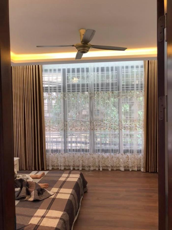 Bán nhà Hoàng Hoa Thám 70m 7 tầng 5.9 MT Ba Đình ô tô trán nhau