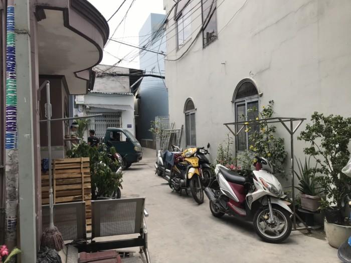 Bán nhà hẻm đường Tân Kỳ Tân Quý. DT 3,6 x 10, Nở hậu 3,7.