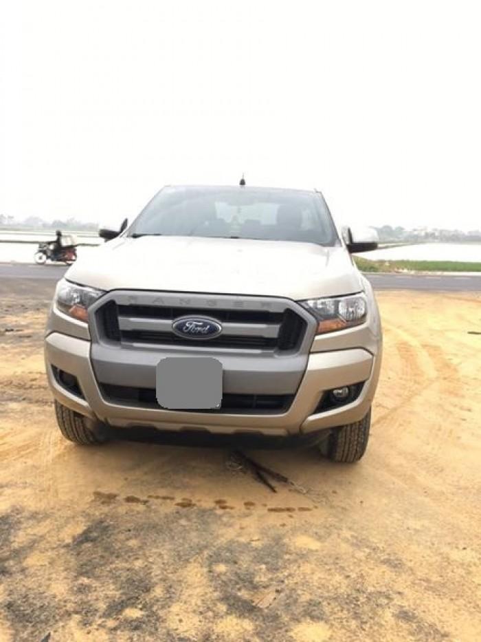 Bán Ford Ranger XLS 2016 tự động may dầu vàng kim tuyệt đẹp.