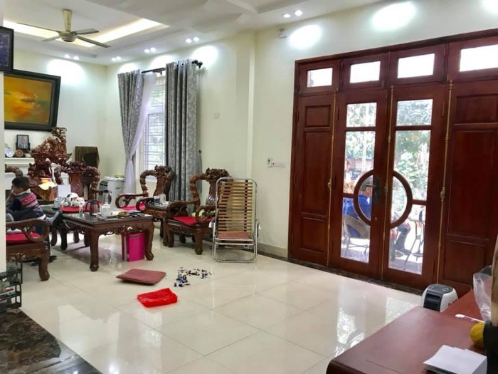 Bán Biệt Thự Đường Trương Định, Hoàng Mai, hơn 4T MT13m 321m2