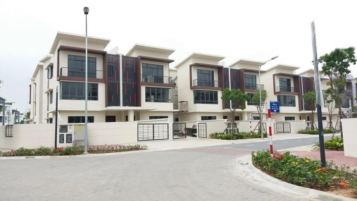 Kẹt tiền bán căn biệt thự 1T2L, ngã ba ấp 4 đường Nguyễn Văn Bứa