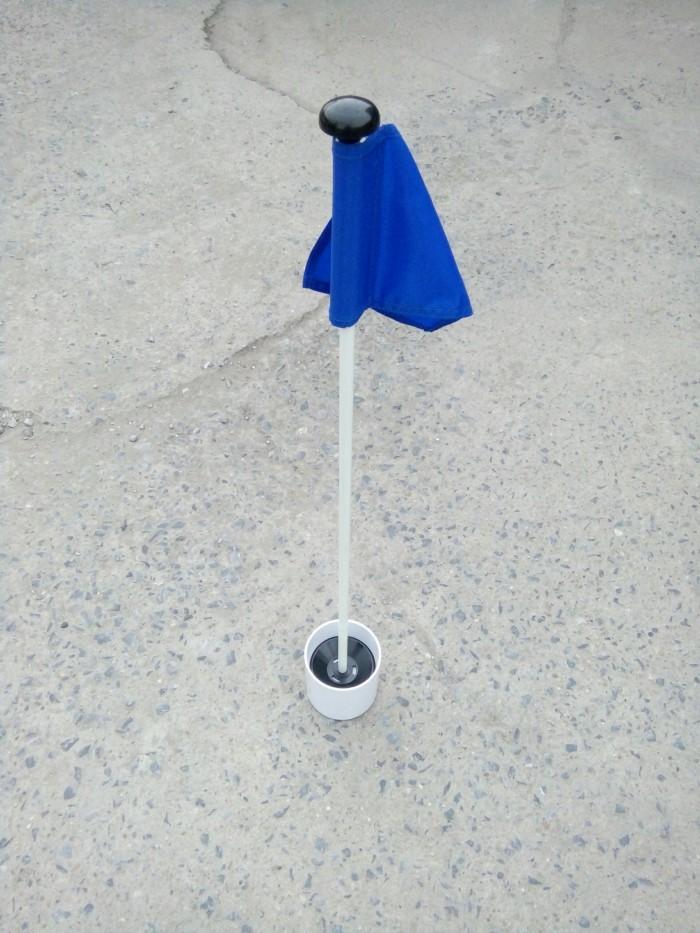 Bộ lỗ golf, cột cờ, lá cờ golf vải mới 100%0