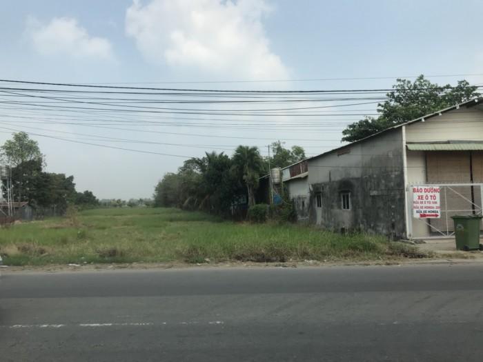Bán đất giùm chị 310m2 đất Mặt tiền Nguyễn Văn Tạo, full thổ cư, ngang 10m