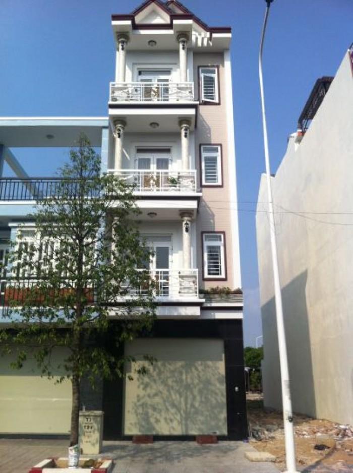 Bán nhà Tạ Quang Bửu, Q8, 1 trệt 3 lầu