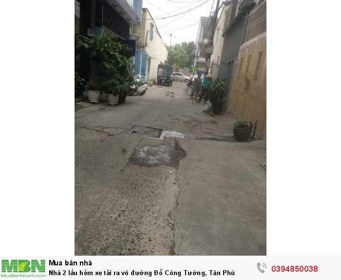 Nhà 2 lầu hẻm xe tải ra vô đường Đỗ Công Tường, Tân Phú