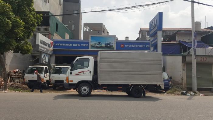 Hyundai 2,5 tấn, thùng kín inox giao ngay, giá tốt nhất