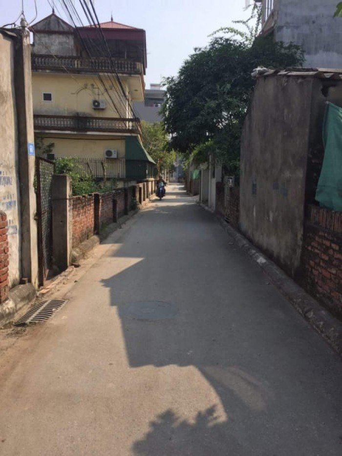 Đất Thạch Bàn, Long Biên ô tô 4 chỗ vào nhà
