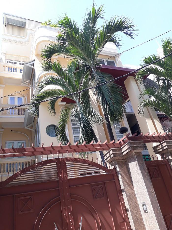 Định cư bán biệt thự Dubai Hồ Văn Huê: 8x26m, 4 tầng. Cách mặt tiền 20m