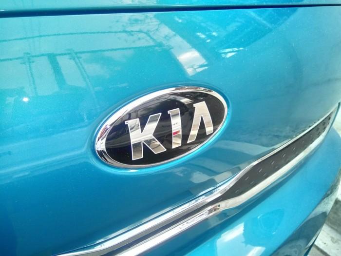 Bán xe tải 1,4 tấn Kia K200 3