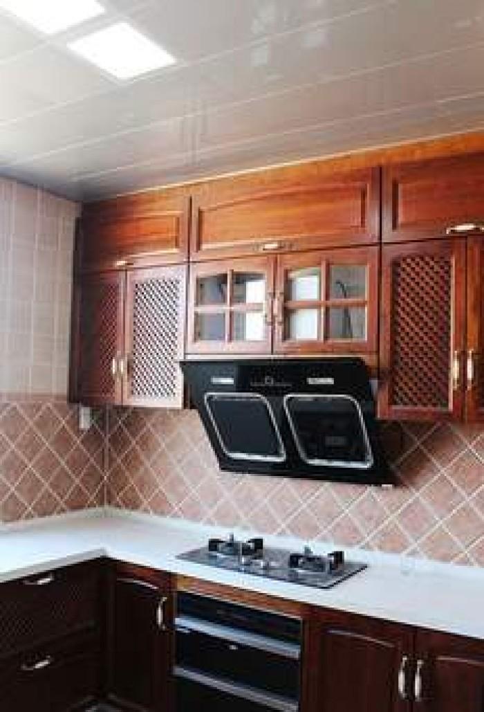 Cần bán căn nhà mặt tiền đường Âu Cơ, phường 14, Quận Tân Bình. DT 75m2.