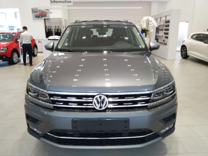 Bán Xe Volkswagen Tiguan Allspace 7 chỗ, xe Đức nhập khẩu nguyên chiếc chính hãng.
