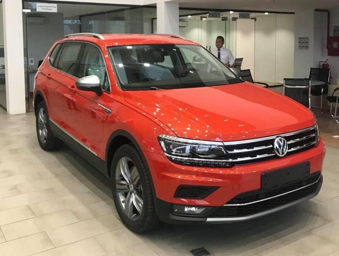 Bán Xe Volkswagen Tiguan Allspace 7 chỗ, xe Đức nhập khẩu chính hãng.